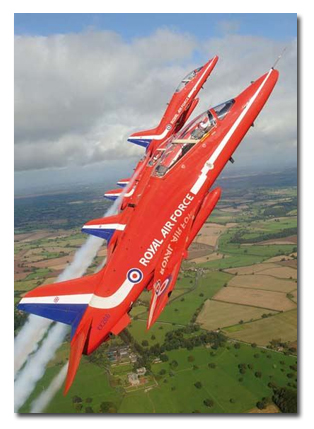 flyingwiththeredarrows01.jpg